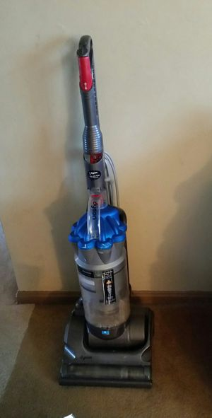 Dyson vacuum for Sale in Cleveland, OH