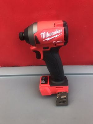 MILWAUKEE M18 FUEL LITHIUM ION CORDLESS BRUSHLESS 3-GENERATION 1/4 IN HEX IMPACT DRIVER COMPACT (TOOL ONLY) for Sale in Redlands, CA