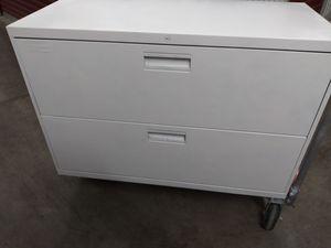 2 drawer filing cabinet for Sale in Pflugerville, TX