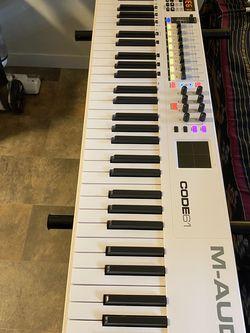 M-Audio Code61 Mint Midi Keyboard Controller for Sale in Seattle,  WA