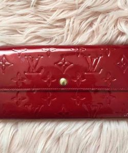 All Authentic LV, Burberry, Givenchy, Balenciaga, Marc Jacobs for Sale in Fort Lauderdale,  FL