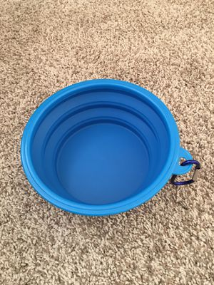 Large collapsible Pet Travel Bowl (New) for Sale in Auburn, WA