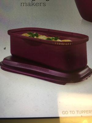 Tupperware microwave pasta maker for Sale in Miami, FL
