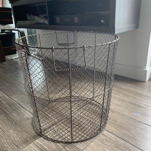 Storage Basket chicken wire for Sale in Fort Lauderdale, FL
