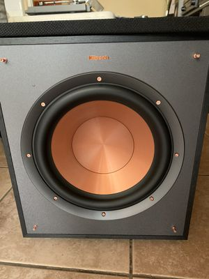Klipsch r-100sw for Sale in San Diego, CA