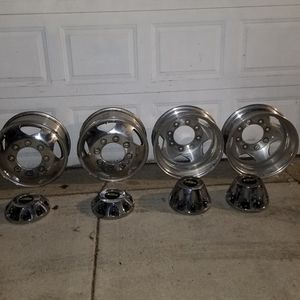 "17"" Polished Dually Wheels for Sale in Cicero, IL"