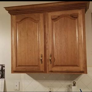 Hardwood Kitchen Cabinets for Sale in Woodbridge, VA