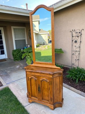 """VINTAGE """"HARBOR HOUSE"""" 2PC. ENTRYWAY PIECE / ACCENT STORAGE CABINET W/ MIRROR (CIRCA 1960'S) 34""""W×11""""D×78""""H for Sale in Corona, CA"""