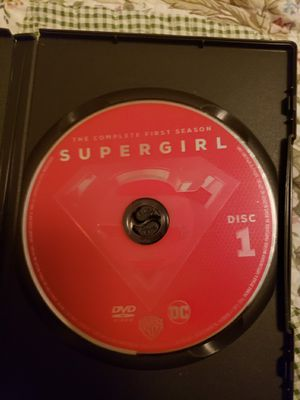 Supergirl tv show 1 season for Sale in Kissimmee, FL