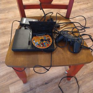 PS2 (Good Condition) for Sale in Dallas, TX