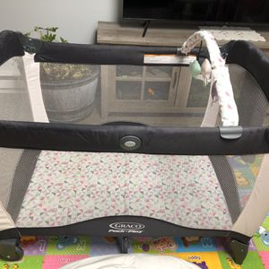 Pack 'N Play for Sale in Wakefield, MA