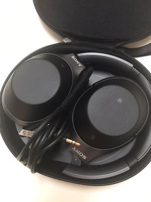 🎧Sony 1000 xm2 Noise Cancelling headphones🎧 for Sale in Fresno, CA