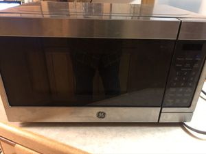 GE 0.7 Cu Ft Compact Microwave - Stainless Steel for Sale in Edmonds, WA