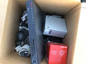 Security Camera equipment Honeywell 8 channel cctv for Sale in Dayton, OR