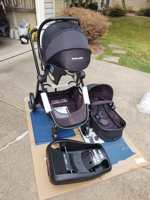 NEW stroller and car seat combo for Sale in Amelia, OH