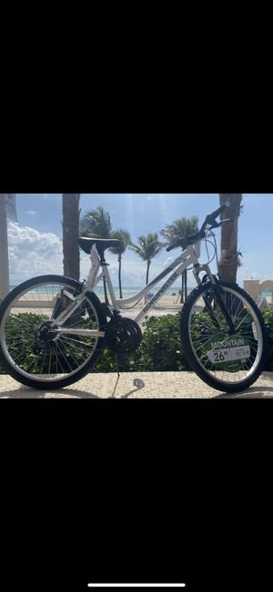 "26"" woman's mountain bike 💃👙🏝18 speeds 🏁NEW🏷 💨💨💨 for Sale in Hollywood, FL"