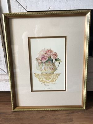 """""""12x15"""" Shabby Chic Picture in Gold Frame for Sale in Ashburn, VA"""
