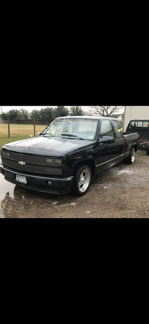 1989 Chevy c1500 obs bagged for Sale in Houston, TX