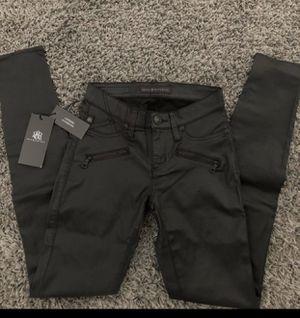 Rock & Republic faux leather pants for Sale in Littlerock, CA