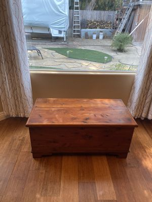 Vintage Chest Box for Sale in Grover Beach, CA