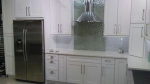 Snow white kitchen cabinets for Sale in Chicago, IL