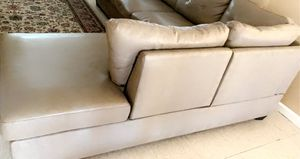 Couch for Sale in Reedley, CA