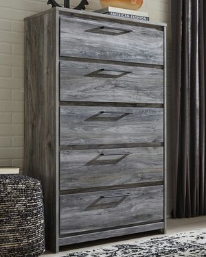 Ashley Furniture Gray 5 Drawer Chest for Sale in Santa Ana, CA