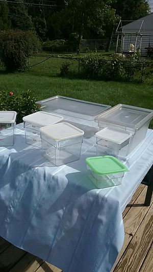 NSF Cambro and Rubbermaid storage bins for Sale in Roseville, MN