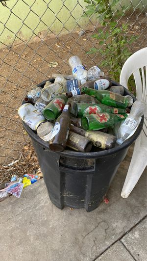 FREE RECYCLABLE for Sale in Colton, CA