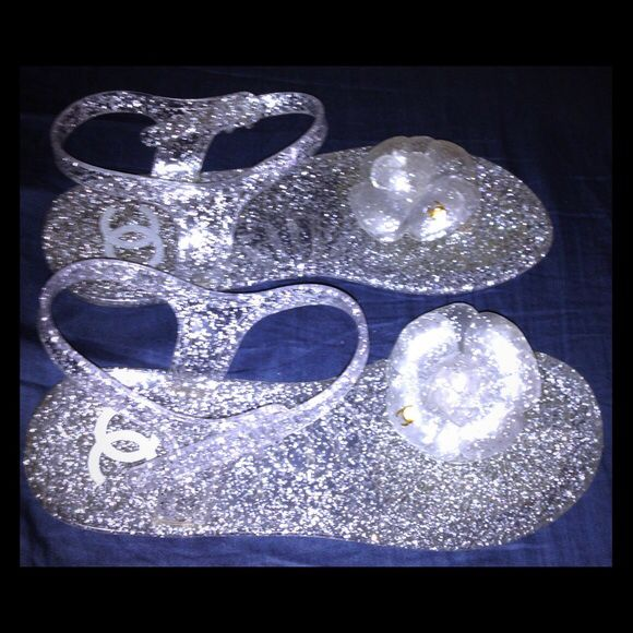 71980e31cd0d Chanel camellia jelly sandals for Sale in Roanoke
