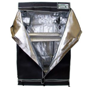 4x4x6.5 Grow Tent for Sale in Woodway, WA