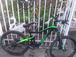 Giant trance mountain bike for Sale in Los Angeles, CA