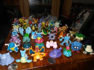 Vintage Original Nintendo and Tomy Brand Pokemon Figures Toys for Sale in Lomita, CA