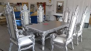 Dining set table and chairs for Sale in Dallas, TX
