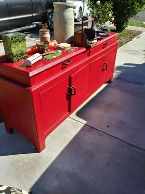 Come and take a lookJapanese furniture pictures and antiques and much more lets make a deal for Sale in Anaheim, CA