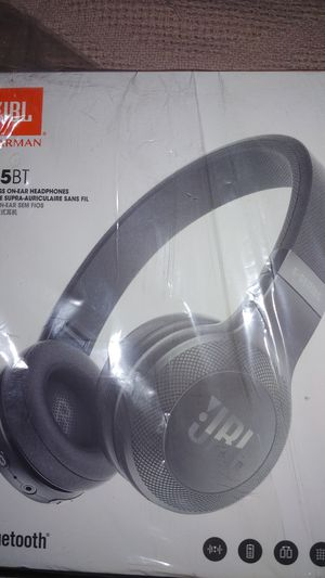 JBL Bluetooth headphones for Sale in Los Angeles, CA