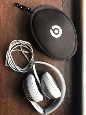 Beats by Dr. Dre Solo headphones for Sale in Maplewood, NJ