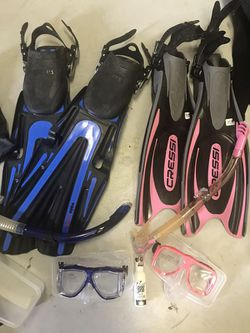 BRAND NEW! Scuba - Volo Power Fins and Cressi fins for Sale in Kissimmee,  FL