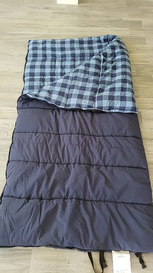Bass Pro Eclipse Sleeping Bag for Sale in Lutz, FL