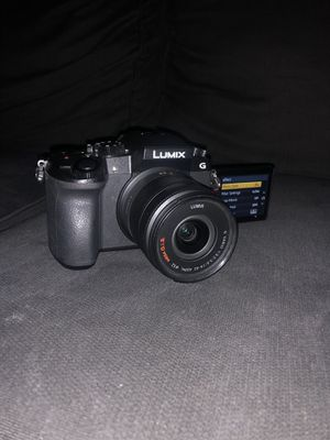 Panasonic LUMIX G7 w/ gimbal for Sale in Los Angeles, CA