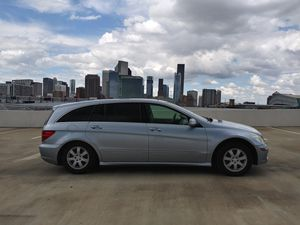 2007 Mercedes R350 4Matic Panoramic 3rd Row Seat 135k Miles for Sale in Houston, TX