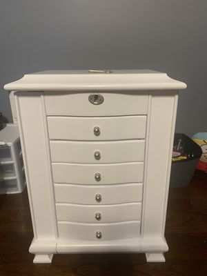 White 6 Drawer Jewelry organizer with key. for Sale in Monroe Township, NJ