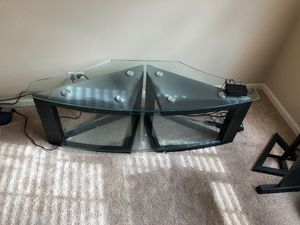 TV stand can hold up to 60 inch for Sale in Algonquin, IL