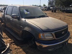 2001 Ford F-150 For Parts ONLY! for Sale in Fresno, CA