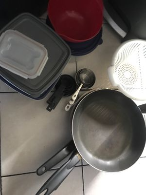 Free dishes for Sale in South Gate, CA