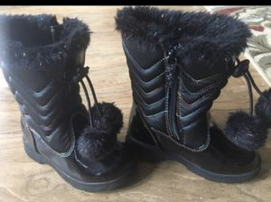 Little Girls rain or snow boots size 8 for Sale in Bellevue, WA