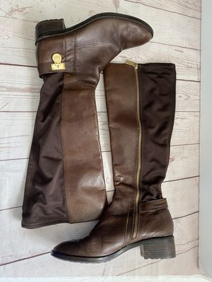 Michael kors women's boots brown size 8M for Sale in Leominster, MA