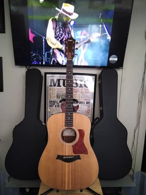 Taylor Acoustic Guitar. for Sale in Lomita, CA
