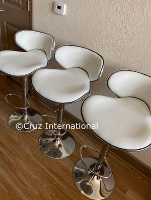 New 3 white bar stools for Sale in Orlando, FL