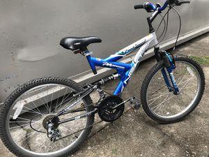 """Mountain Bike - 24"""" Wheels for Sale in Seattle, WA"""